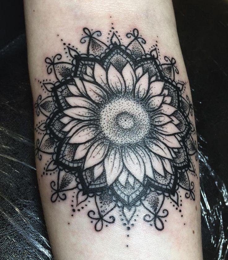 Best 25+ Sunflower mandala ideas only on Pinterest ...