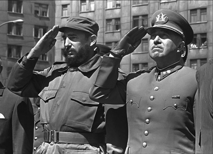 Fidel Castro & General Pinochet, 1971 © Diego Goldberg