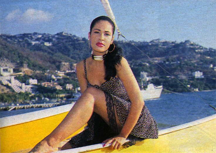 Random Photoshoots - Selena Quintanilla Perez