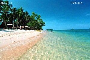 Koh Chang hotel beach resort  tips cheap budget to luxury hotels resorts on #kohchang Thailand http://www.beachsiam.com/koh_chang.html   beaches islands