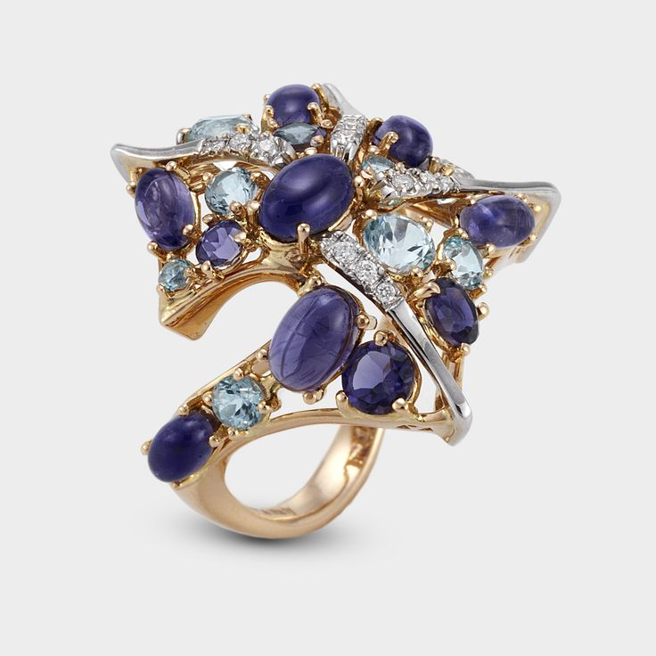 alternative engagement ring for an extraordinary woman by ponte vecchio gioielli