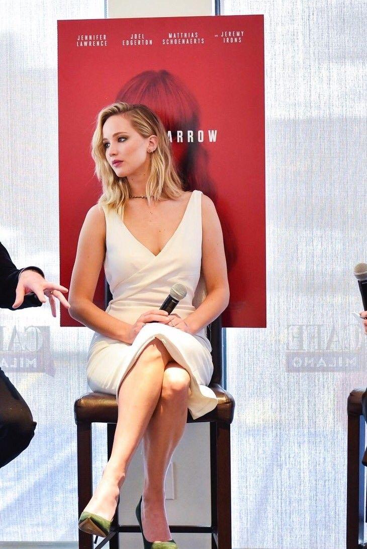 Jennifer lawrence promotes red sparroe in washington DC