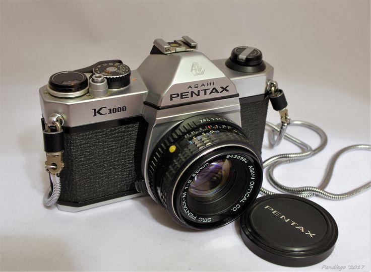 Asahi Pentax K1000 (1976) with 50 mm lens Kit - 35mm SLR Film Camera