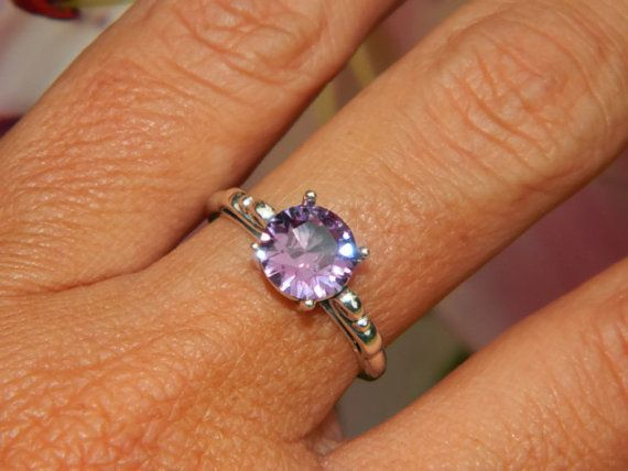 Alexandrite Ring Color Change Stone Scroll Ring 8mm