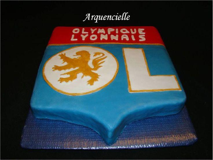 G�teau blason Olympique Lyonnais �quipe de Foot face
