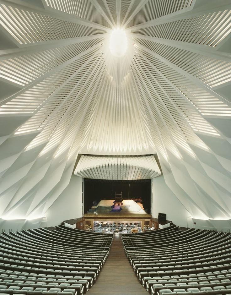 サンティアゴ・カラトラバ « 建築模型の画像(写真)                                                                                                                                                                                 もっと見る