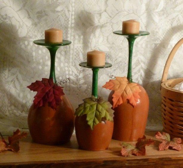 Omgekeerde wijnglazen geschilderd in Herfstsfeer