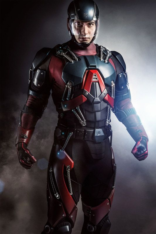 Atom costume: a mix of Ant Man and Iron Man