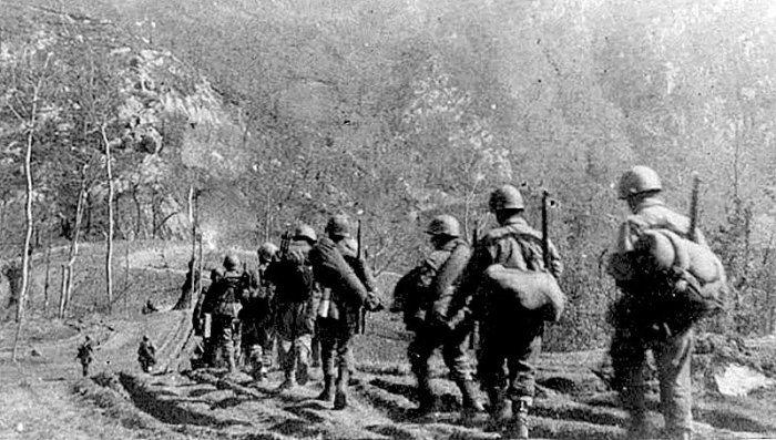 FEB going to Monte Castelo, Italy, february, 1945