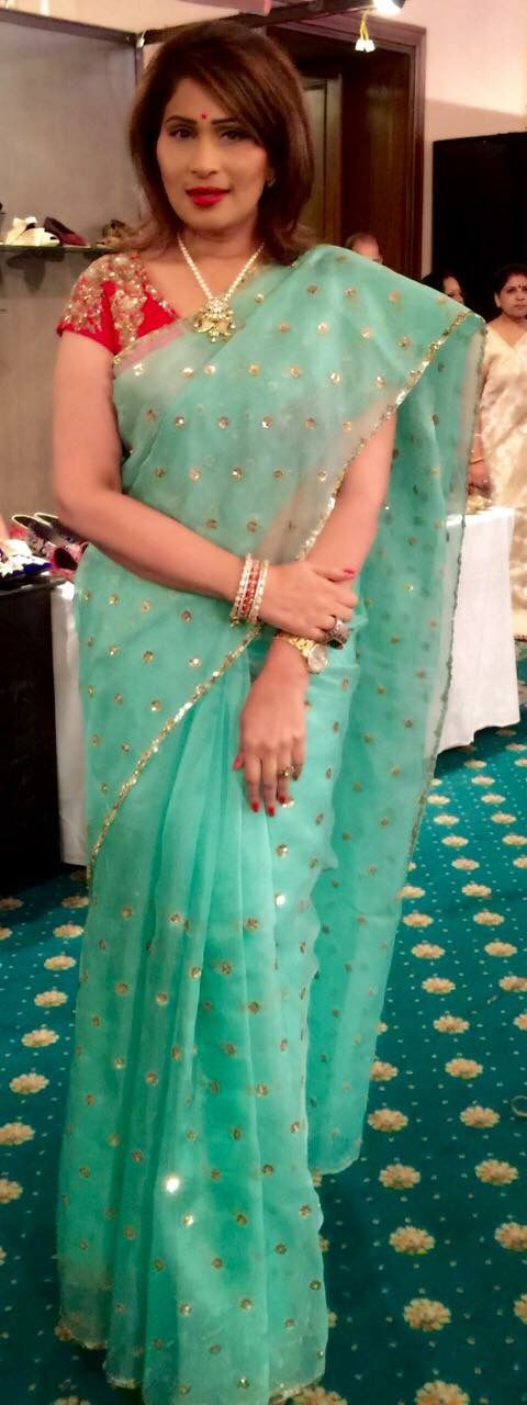 Love the Saree not the blouse