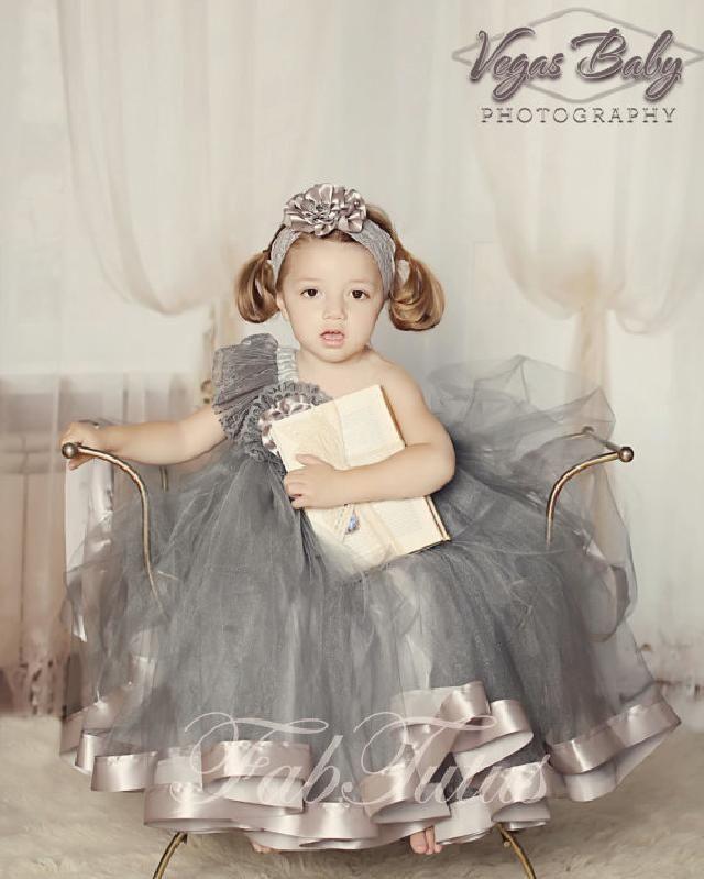 美しいグレー♪ワンショルダーのふんわりチュチュドレス
