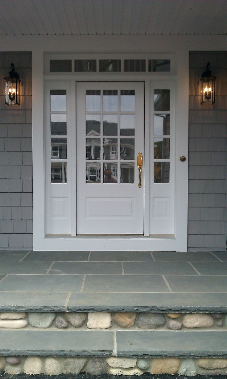 Bluestone Front Entrance And Sidelites With Wood 3 4