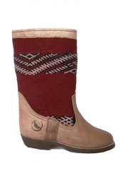 Atlas boots with red stripe kilim