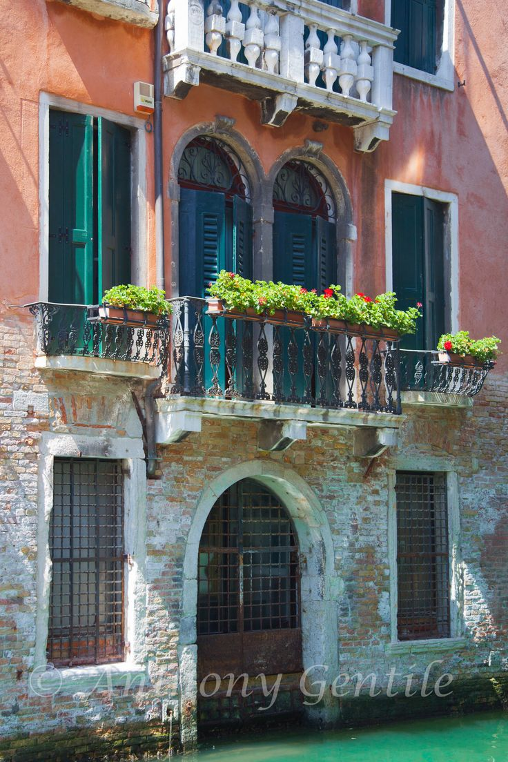 Venice #venice #Italy #water #flower #balcony #anthonygentilephotography