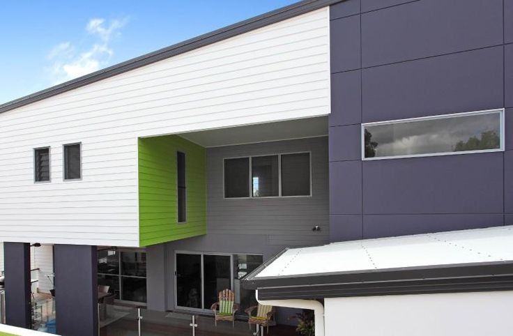 Providing a classic Australian look, Cemintel™ Weatherboards let you create a variety of standalone or composite designs.