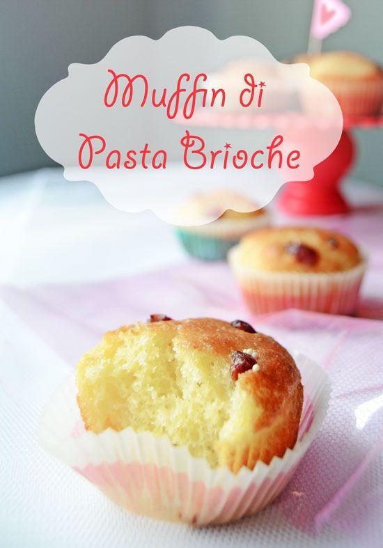 #Muffin di Pasta Brioche ai mirtilli rossi