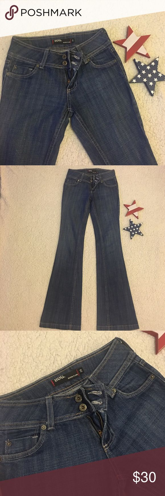 "BDG Super Flare Jeans - LIKE NEW BDG Super Flare Jeans - LIKE NEW - Really nice denim jean - Stretch - Super Flare - Inseam 33"" BDG Jeans Flare & Wide Leg"