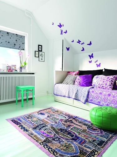 Yes! :: Decorating sloping wall