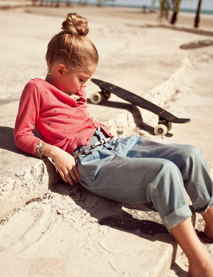 Though she tried to make it work with a double cardi, high bun and vintage skateboard, Quinoa was going to have to tell Gucci that she couldn't endorse their reinvention of the Mom jean. #MIWDTD: Hipster Children, Kids Style, Vintage Skateboard, Skater Girls, Girls Style Kids Tomboys, Kids Fashion, Milk Magazines, Mom Jeans, It Works