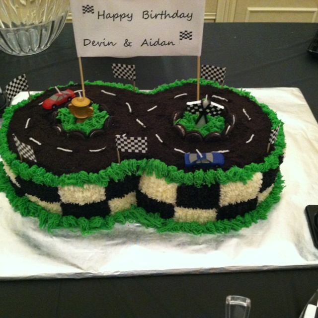 Cake Decorating Racing Car : 22 best images about Hot wheels party on Pinterest Cars ...