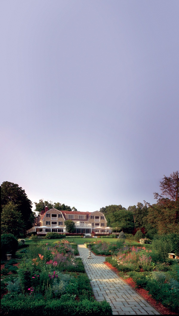 Receiving a 92.7 rating this year, the Mayflower Inn & Spa is the only inn to be selected for Conde Nast Traveler's 2013 Gold List from Connecticut.