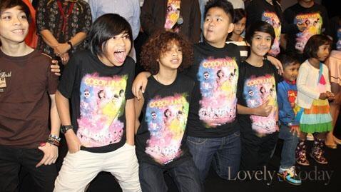 "T-Shirt ""Coboy Junior The Movie"" || Size: S-XXL || Rp 85.000"