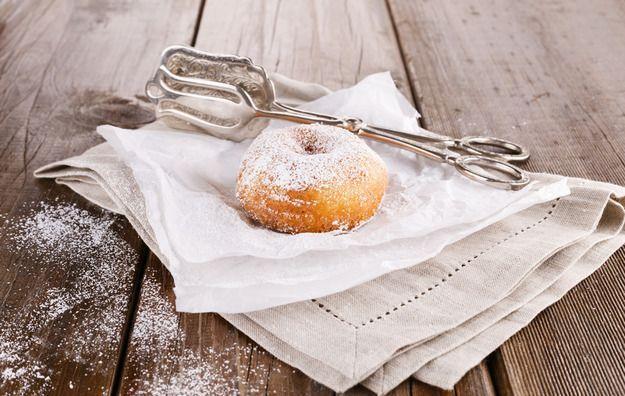 Где впервые появились пончики, как их называют в разных странах мира, какие интересные истории связаны с любимыми пышками и где попробовать лучшие донатсы.