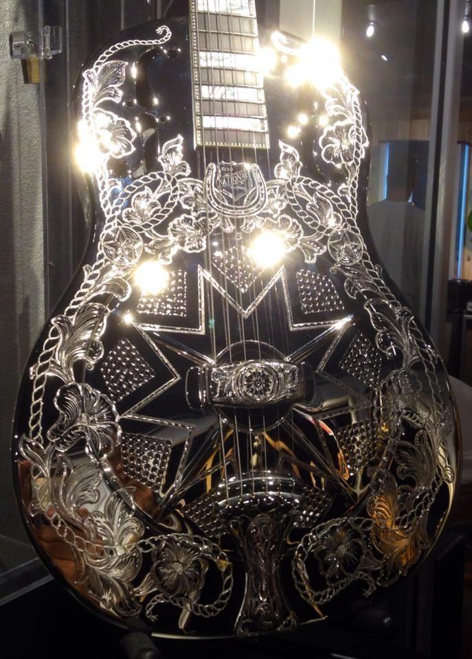 National Resophonic Guitar Ridin High Resonator