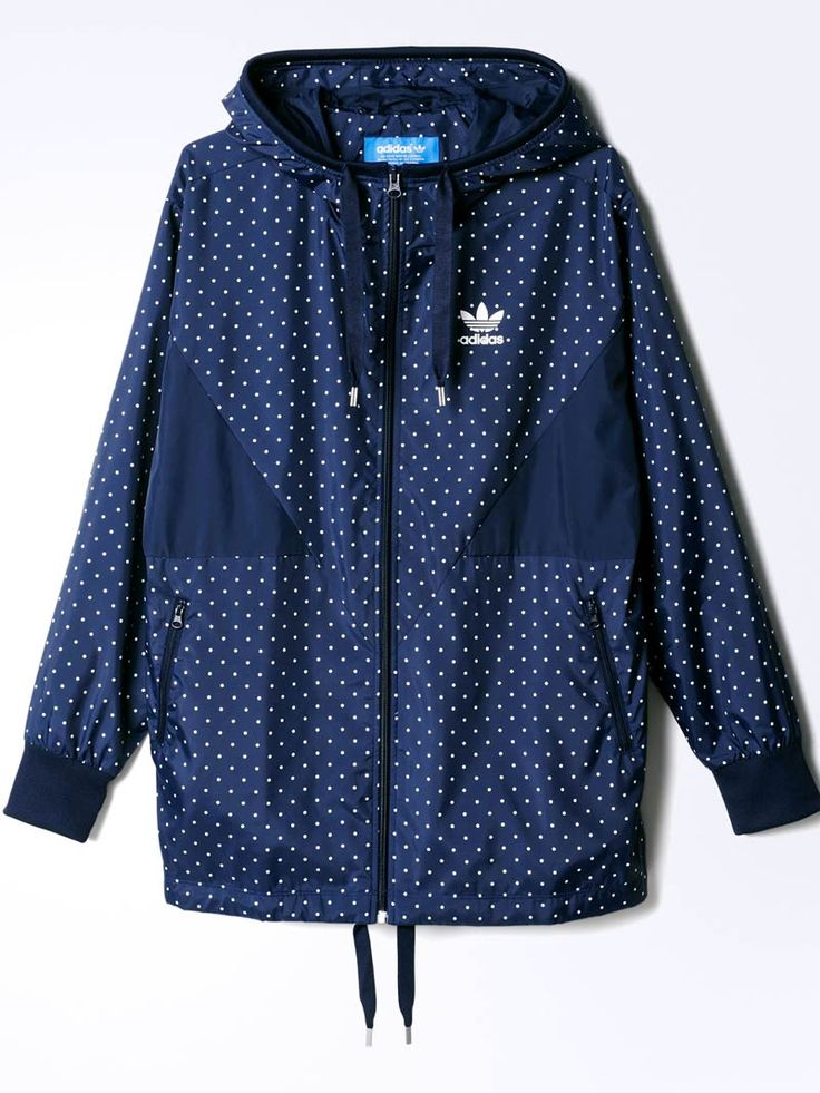 Everybody loves a little #polkadot #windbreaker #menswear