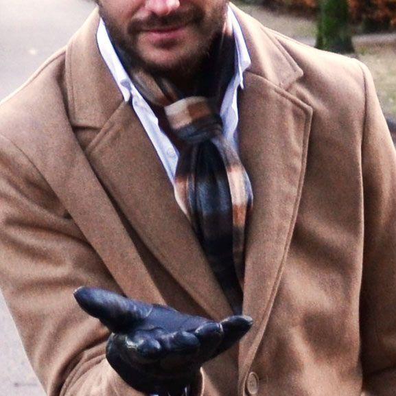 Checked men's scarve €4,99 http://mymenfashion.com/sjaal-checked-men-s-scarve.html