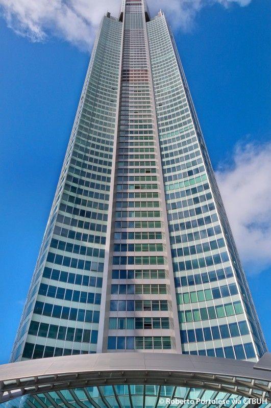Q1 Tower - The Skyscraper Center, photo roberto portolese