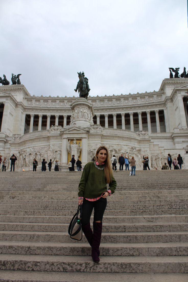 Trench Collection by Sonia Verardo: Rome travel diary: Piazza Venezia and Fontana di T...