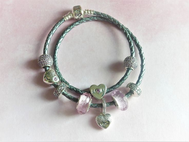 Bracelet Pandora Vert | The Art of Mike Mignola
