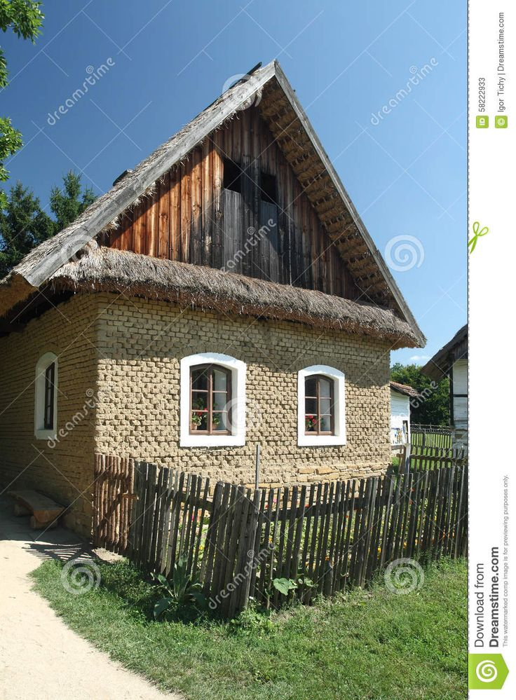 https://thumbs.dreamstime.com/z/old-country-house-made-mud-bricks-rural-museum-villages-southeast-moravia-straznice-slovacko-region-czech-58222933.jpg