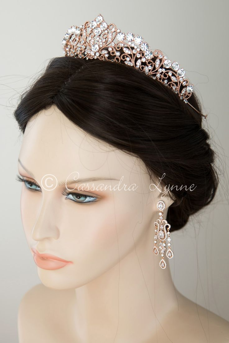 Rose gold wedding hair accessories - 25 Best Ideas About Gold Wedding Crowns On Pinterest Bridal Hair Floral Crowns Flower Crown And Flower Headpiece
