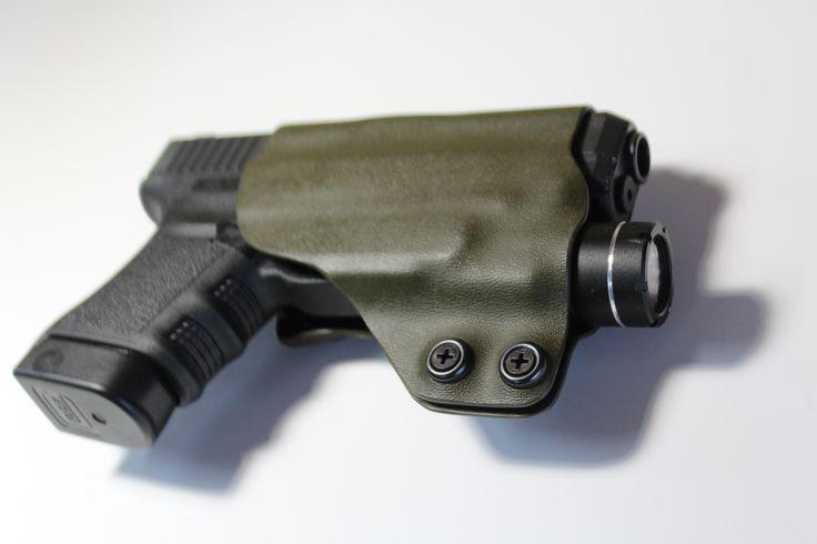 Olive drab kydex holster on Glck 30S