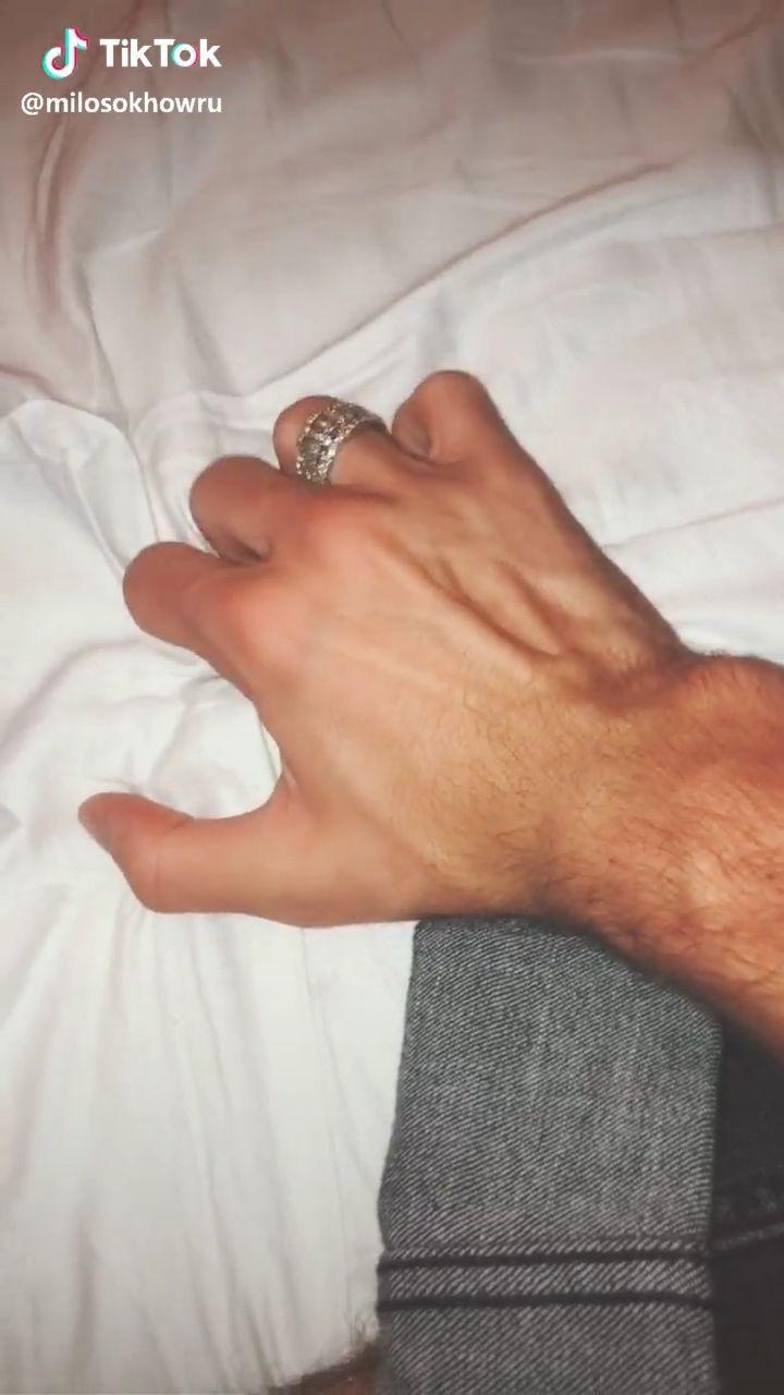Veiny Hands Girl Veiny Hands Bad Boy Aesthetic Daddy Aesthetic Hand Veins