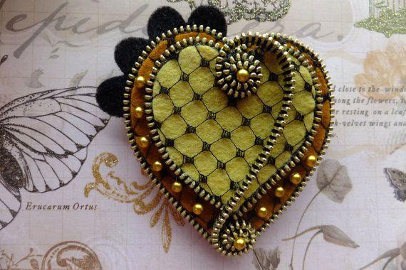 Hearts Felt Zipper Brooch by MsLolaCreates on Etsy