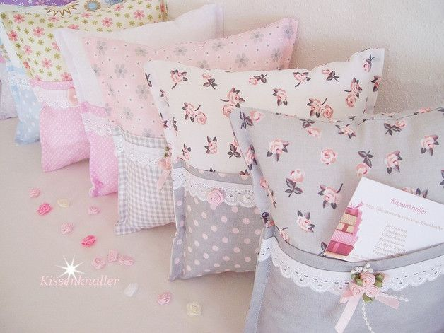 Zauberhaftes Geschenkekissen zum Befüllen in Grau/Rosa/Weiß in der Größe von…