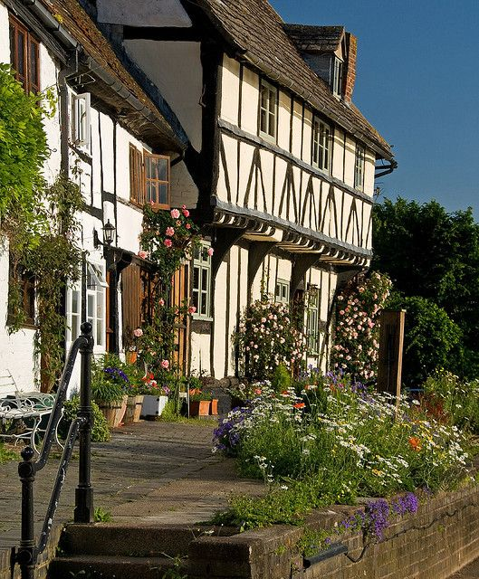 Mill Avon cottage - Tewkesbury, England