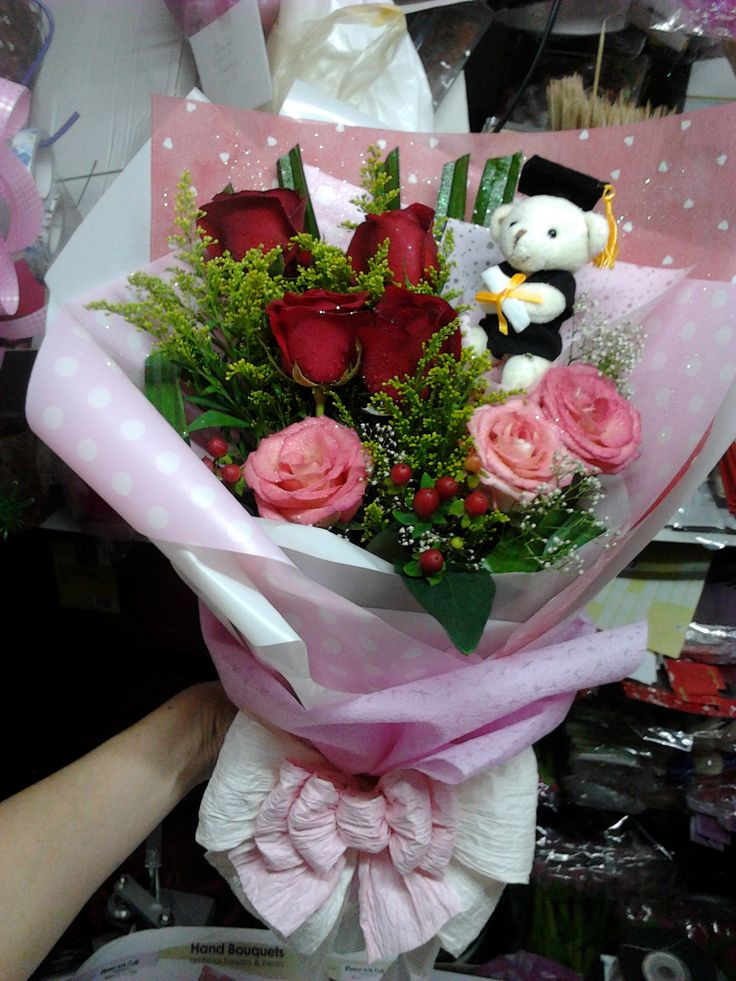 7 best Graduation Flower. Instagram: anniesim77 images on Pinterest ...