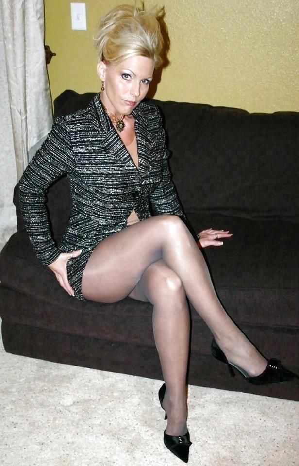 Shoes. Milf cougar pantyhose for dinner and