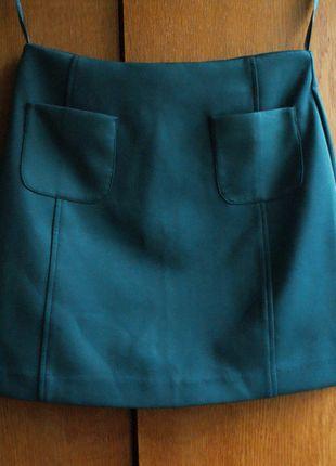 Kup mój przedmiot na #vintedpl http://www.vinted.pl/damska-odziez/spodnice/10898490-new-look-szmaragdowa-spodnica-mini-trapez-xs-s-34-36-z-kieszeniami-z-przodu