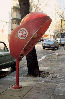 Teléfono público de Entel.