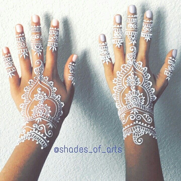 best 25 white henna ideas on pinterest henna tattoos henna art and henna. Black Bedroom Furniture Sets. Home Design Ideas