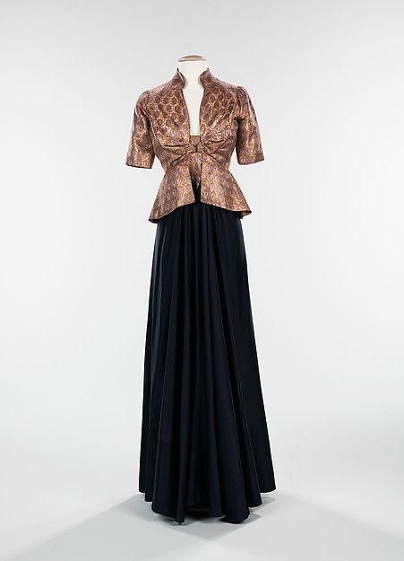 """From the Arabic"" Designer: Elizabeth Hawes (American, Ridgewood, New Jersey 1903–1971 New York) Date: fall/winter 1939 Culture: American Medium: silk, metal, wool"
