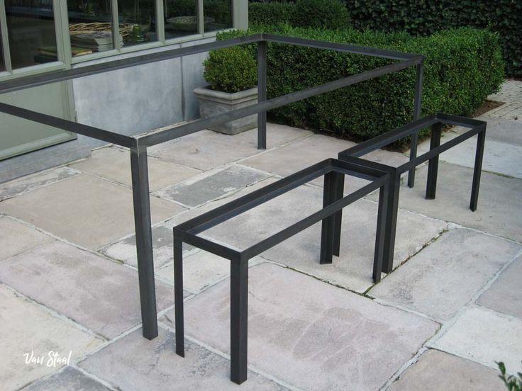 Onderstel tafel op maat - Van Staal helpt graag uw ideeën realiseren. Vraag een vrijblijvende offerte aan op: www.vanstaal.be