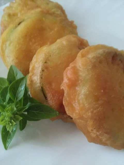 Πώς να φτιάξετε το καλύτερο κουρκούτι για τηγανιτά λαχανικά σαν Λουκουμάδες! Απο τον Γιώργο Χριστιανό.