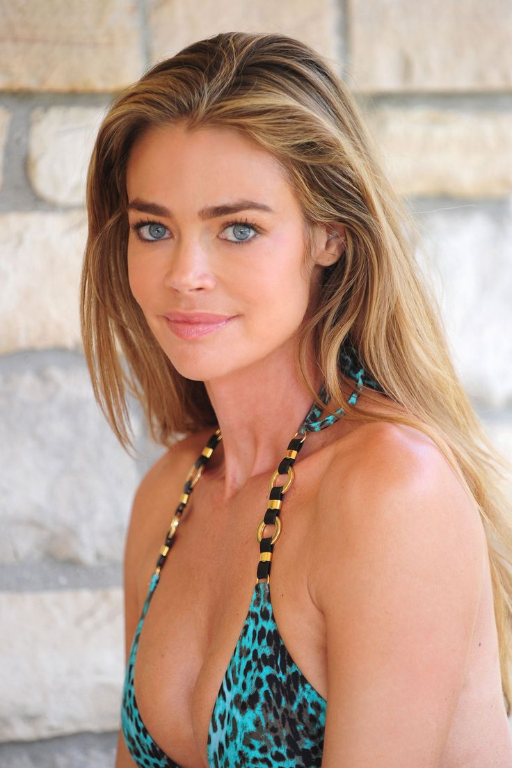 Denise Richards (I would die to look like her)