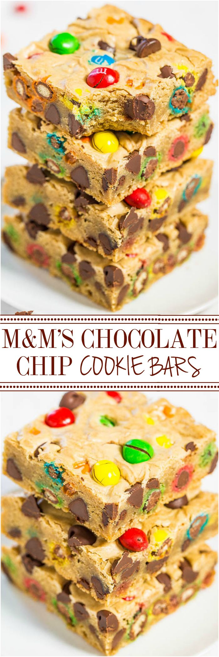 Pinterest: @ndeyepins • M&M'S Chocolate Chip Cookie Bars - Soft buttery bars loaded with M&M'S and chocolate chips are a guaranteed hit!! Fast, easy, foolproof, no mixer recipe that's so much simpler than making cookies!! // Barres de cookie aux pépites de chocolat et au M&M'S - Beurre mou avec des M&M'S et chargé de pépites de chocolat --> succès garanti
